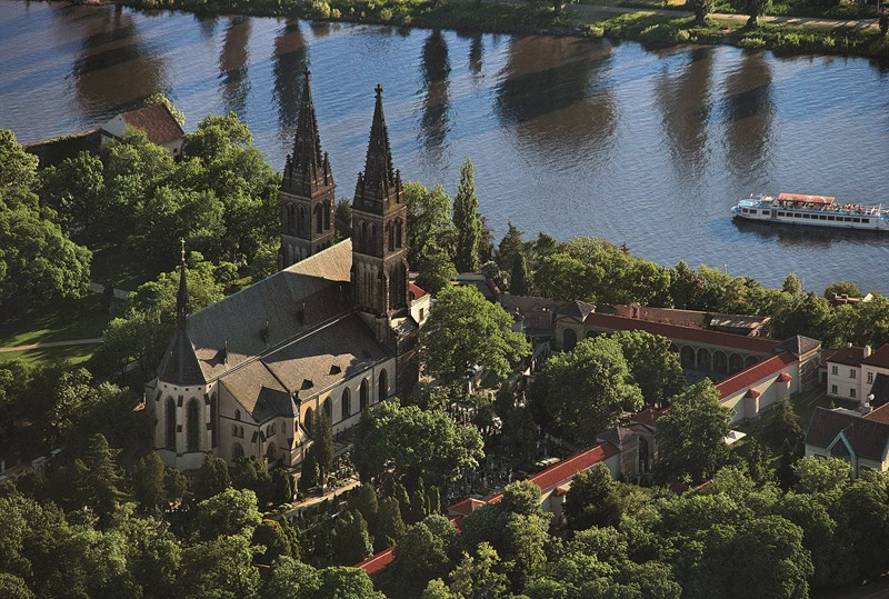Top 10 prague what to see prague top sights for Charming small hotels
